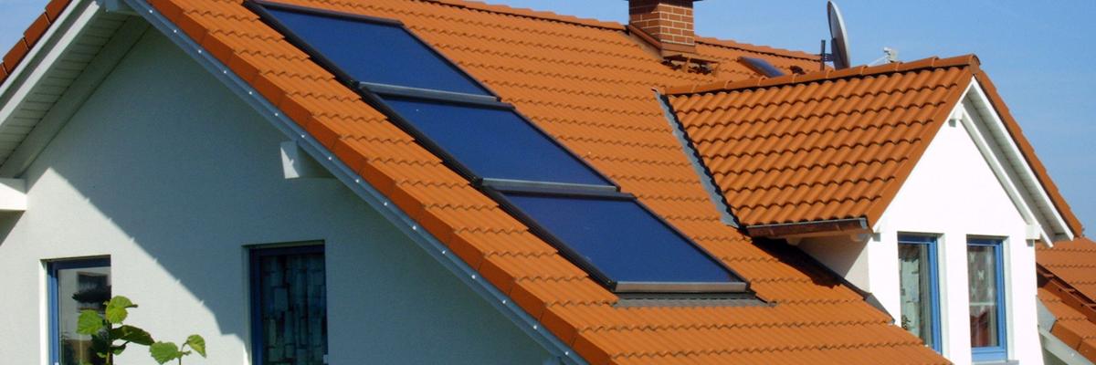 Maintenance et entretien panneaux solaires thermiques