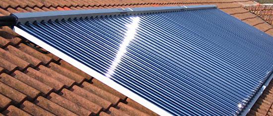 Maintenance et entretien panneau solaire thermique